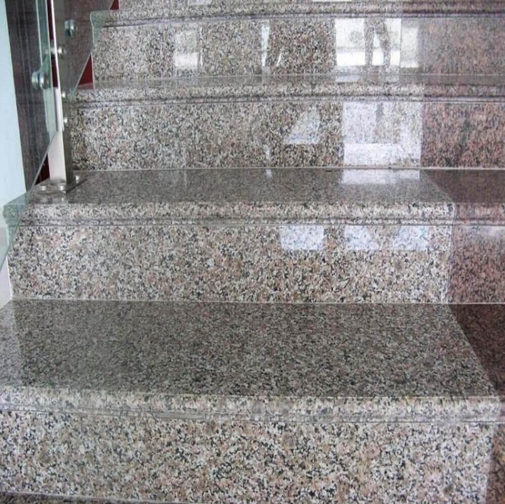 trepte Granit Amarella